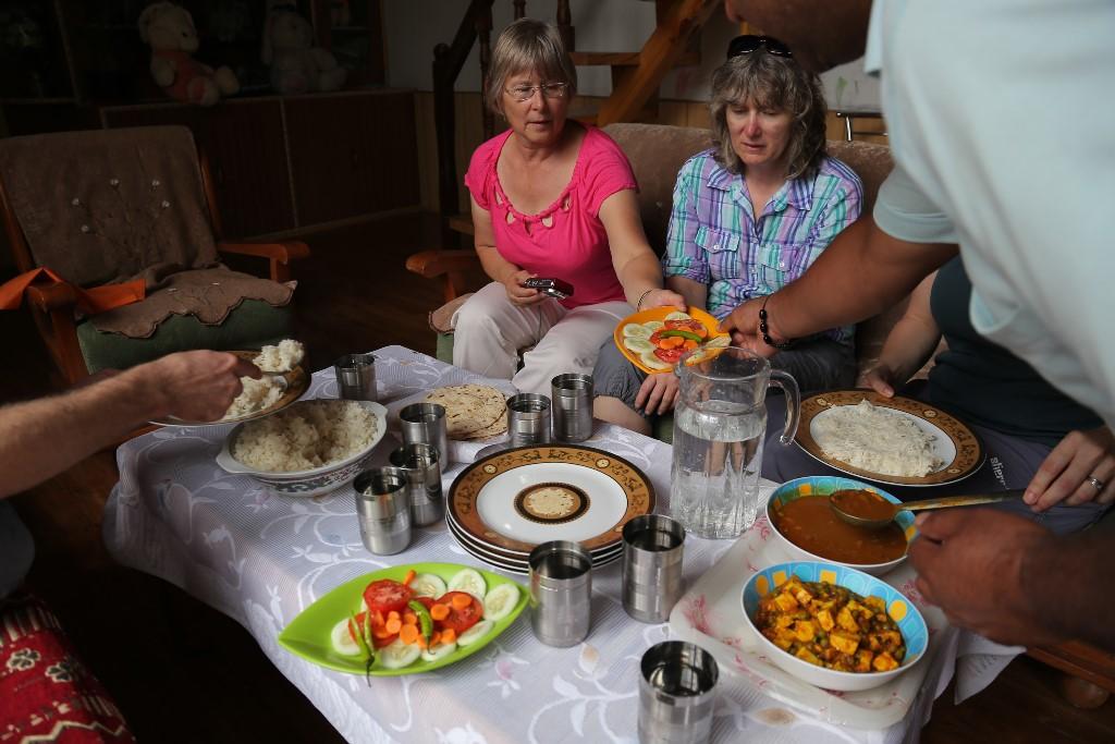 Индийская кухня, Американская семья. Посиделки, Джагасук