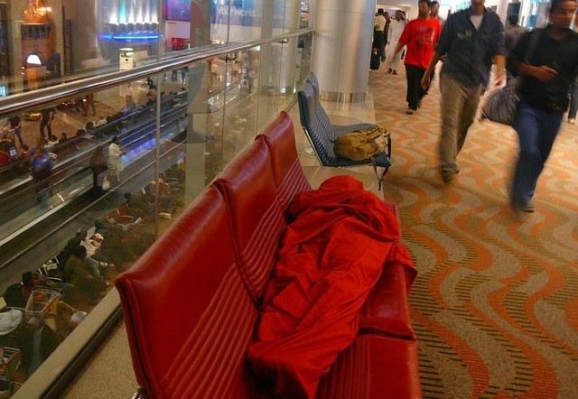 Алексей Кузнецов, Индия, спать в аэропорту Дубая